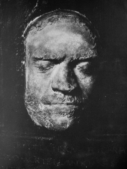 Lorenzo's death mask