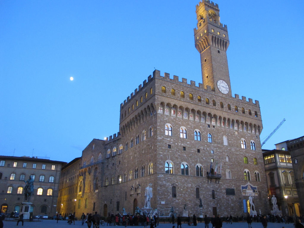 View of Palazzo Vecchio at sunset