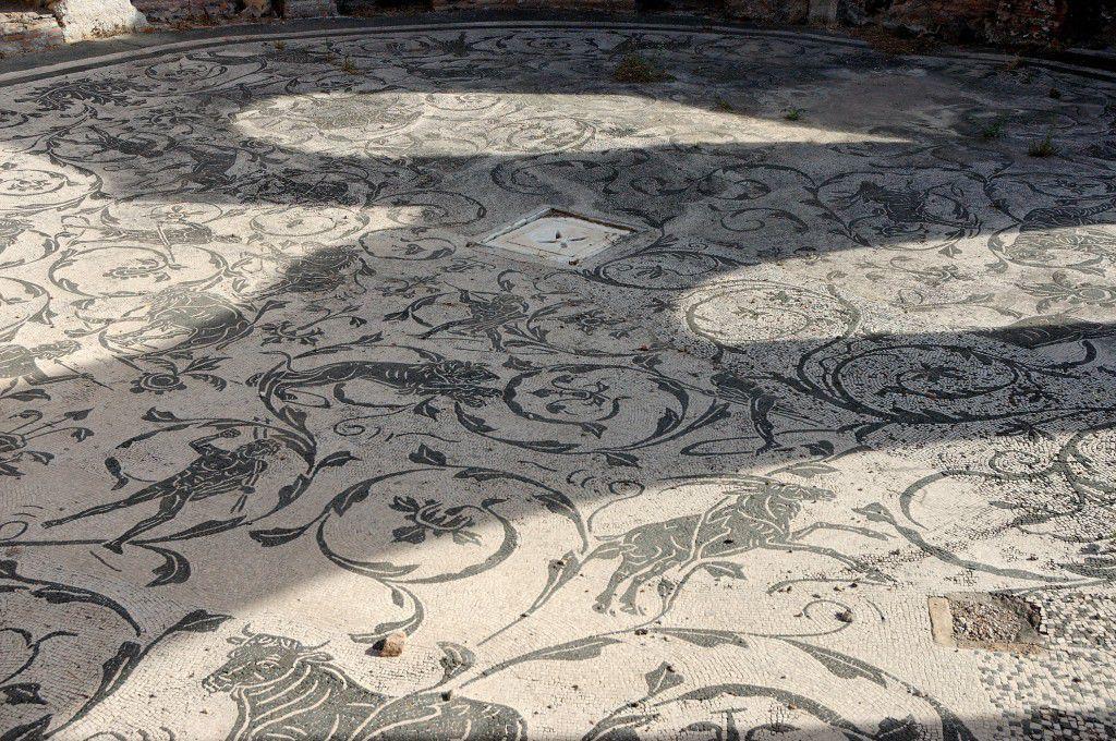 A Roman mosaic in Ostia frigidarium