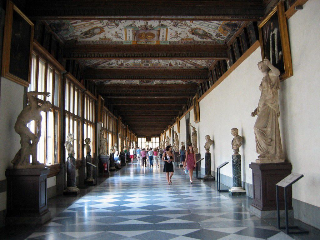 Inside the Uffizi
