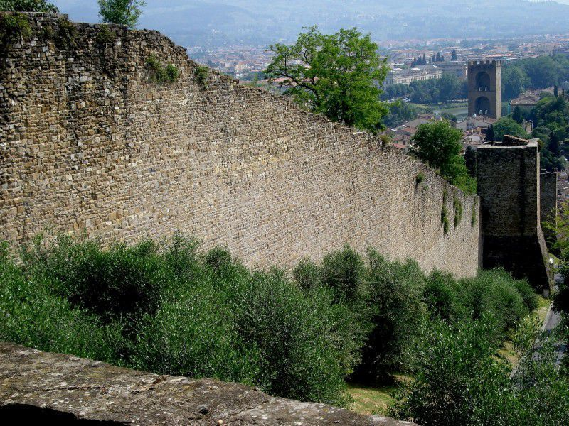 The walls of Florence near the Boboli Gardens
