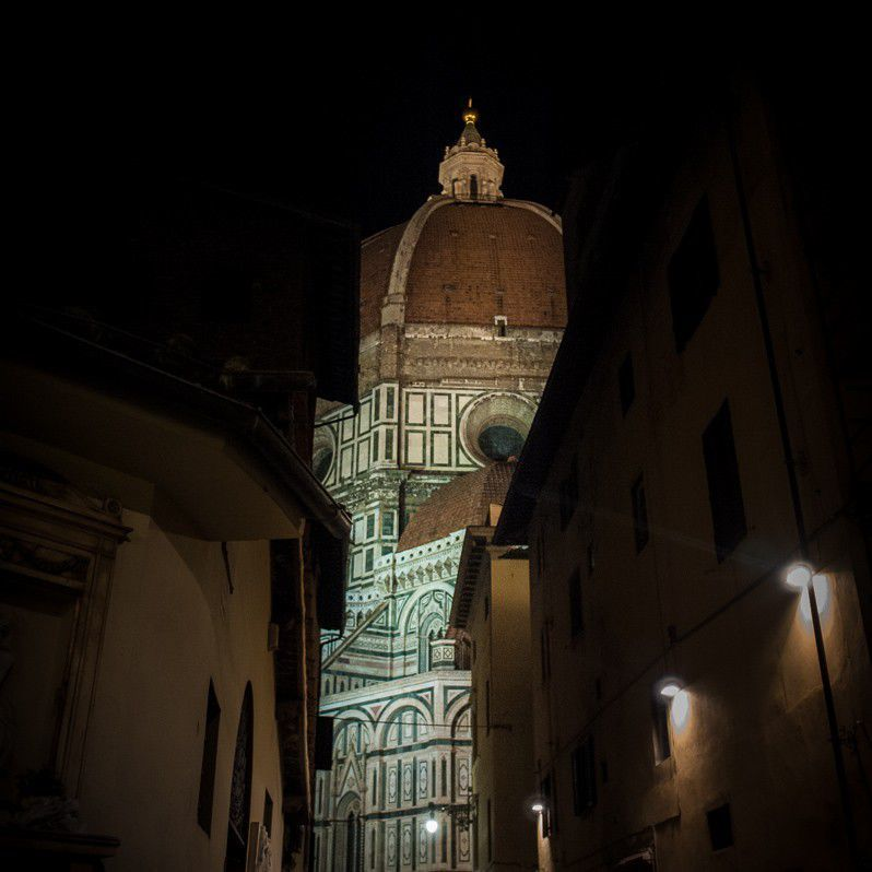 The Brunelleschi dome in the Halloween night
