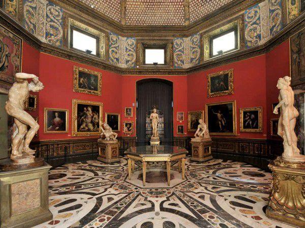 Tribuna degli Uffizi Florence, Italy
