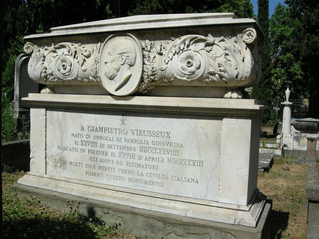 British-Cemetery-G.P.Viesseuux-Tomb