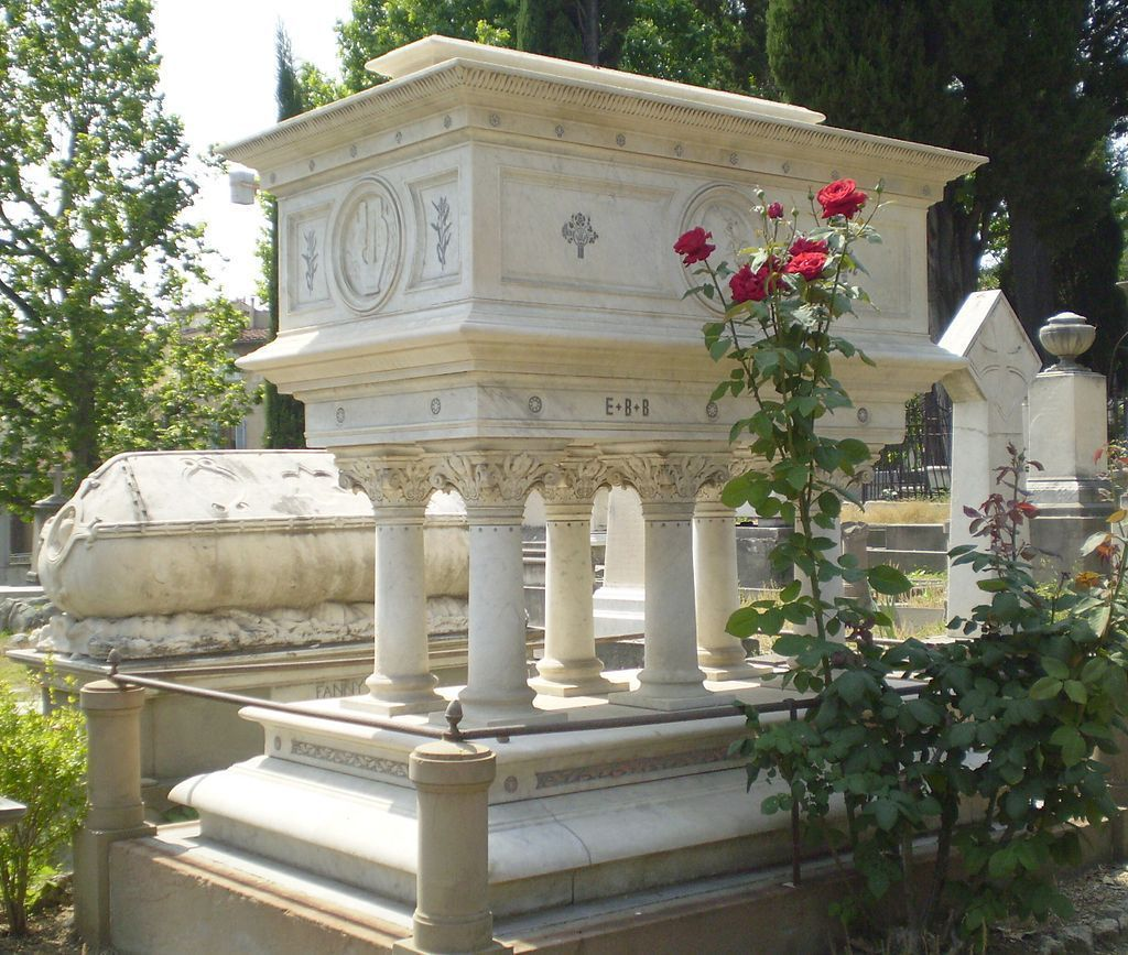 Tomb-Elizabeth-Barrett-Browning