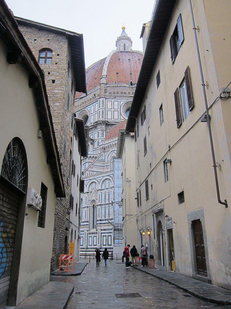Rainy day Duomo from Via dello Studio by Alexandra